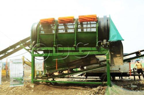 Trommel machine with bush